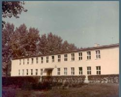 Szkoła w latach 60-dziesiątych